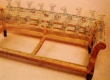 Klassikaline Chesterfeildi seljataguse keerdvedrude sidumine