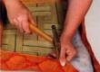 pealiskanga paigaldamine ja pingutamine toolipõhjale