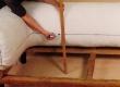 Chesterfeild diivani seljataguse ja käetugede sügav volditud nööpikohtade märgistamine