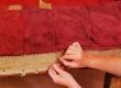 Chesterfeild diivani seljataguse ja käetugede sügav volditud  pealisnahale nööpide paigaldamine ja pingutamine