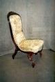 restaureeritud, pähklipuidust  uus, neo rokokoo tool 19.sajandi teisest poolest.