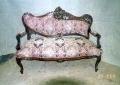restaureeritud, pähklipuidust  uus, neo rokokoo kahekohaline diivan 19.sajandi teisest poolest.