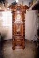 restaureeritud, tammepuust  uus, neo barokk  vindi, köissammastega kellakapp. mehhaanilise    mehhanismiga kell. 19.sajandi teisest poolest