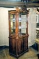 restaureeritud, pähklipuidust  uus, neo rokokoo  vitriinkapp 19.sajandi teisest poolest